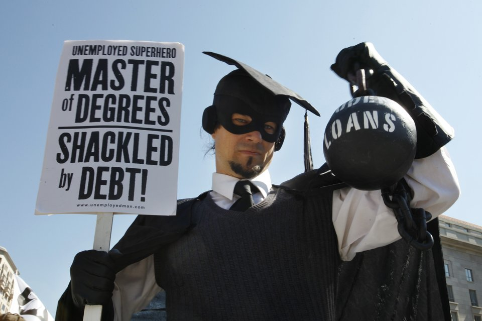Image Source: http://news.yahoo.com/obama-announces-help-student-loan-borrowers-170339432.html
